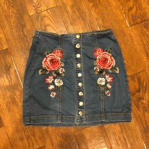 Denim body con skirt with appliqué flowers